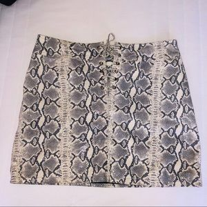 Wilsons Leather Snakeskin Skirt